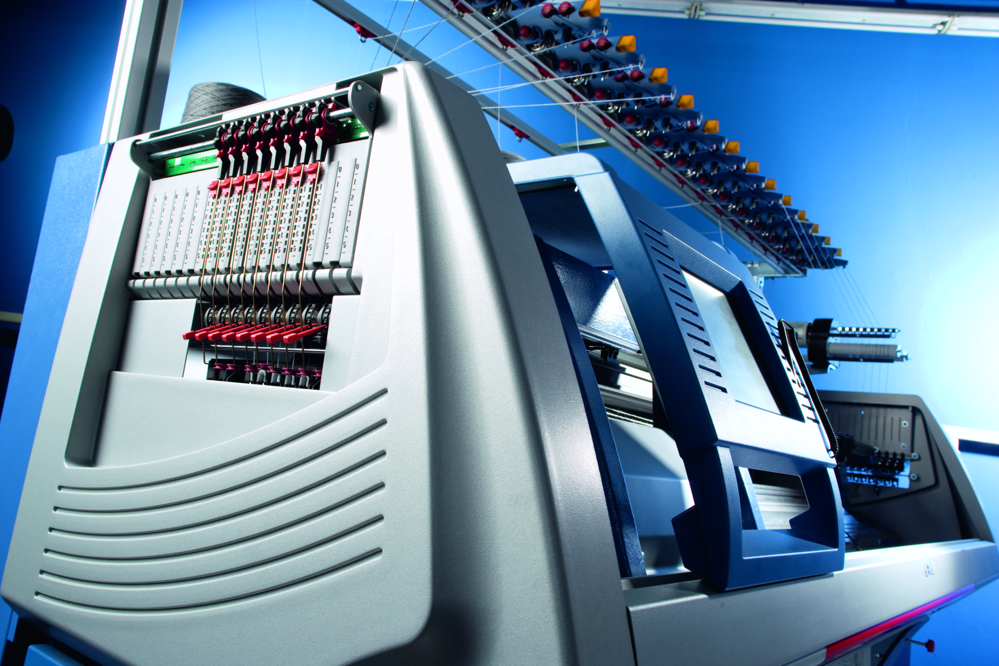 Stoll is a leading manufacturer of flat knitting machines. © Stoll