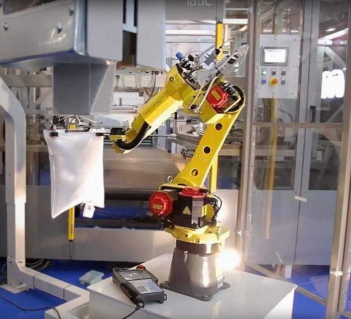 The new robotic pillow filling system has the ability to fill and finish some 3,840 pillows per eight-hour shift. © TMAS