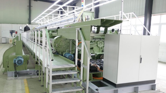 The TMR is an extra heavy-duty high-speed hybrid loom developed specifically for the production of forming and dryer paper machine fabrics, as well as industrial fabric. © Texo
