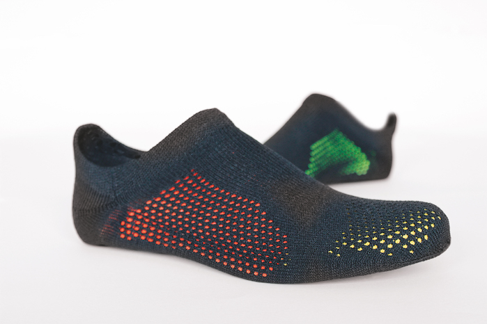 TT sports | Innovative knitwear ideas such as knit & wear or STOLL 3D multi-shell for shoe uppers combined with intelligent material incorporation and equipment for functional and comfortable sportswear. © Stoll.
