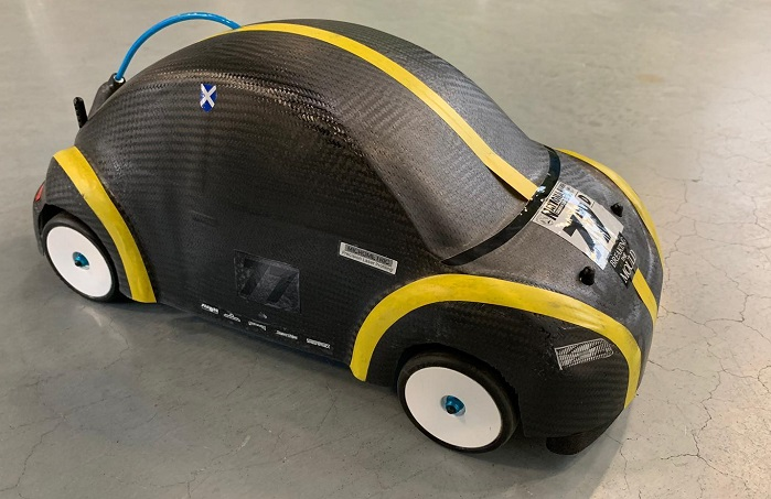 Remote-controlled model vehicle with fuel cell drive. © ITA