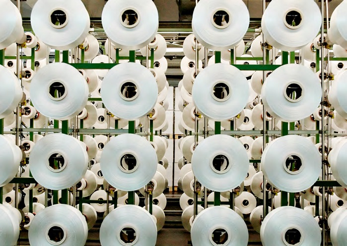 Thanks to the Econyl Regeneration System it is possible to obtain new nylon yarn from discarded resources. © Aquafil