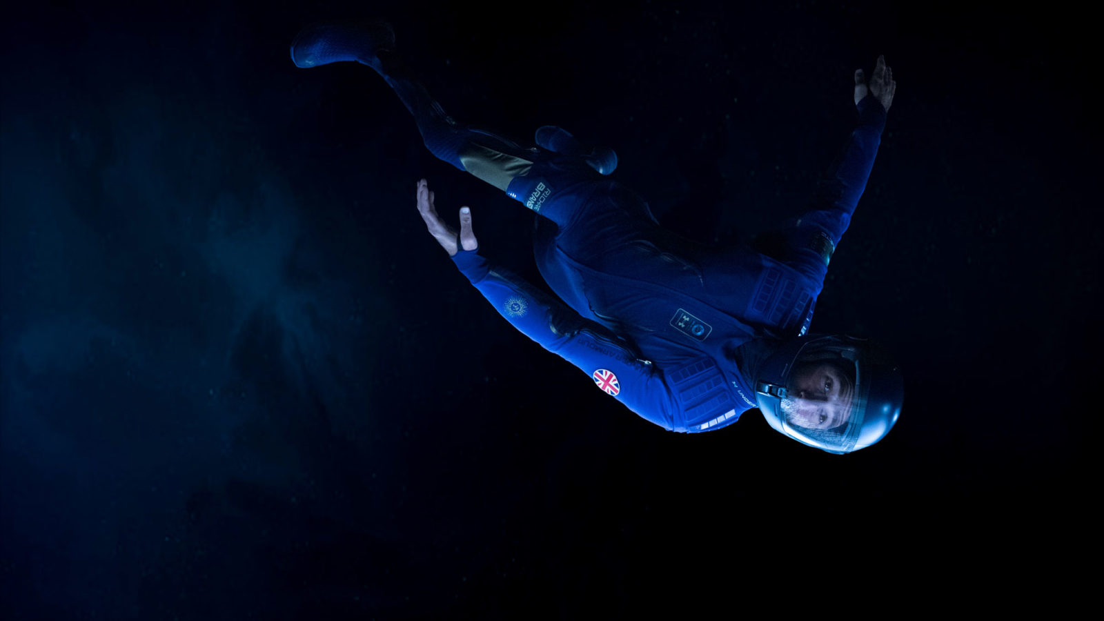 The unveil event in New York showcased the spacewear system on a zero gravity. © Virgin Galactic