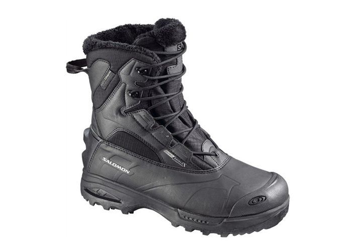 SALOMON Toundra winter hiking boots with Aerotherm aerogel insulation. Image © SALOMON