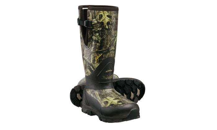 Cabela's Instinct™ Reliant Whitetail 3.5mm 800-Gram Rubber Boots feature Aerotherm frost plugs to provide an extra layer of warmth. © Cabela's