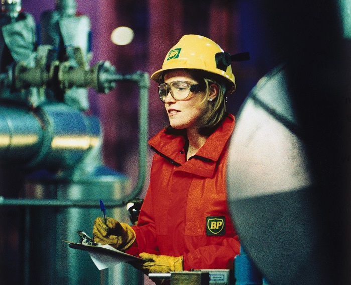 Women in the oil and gas industry have unique FRC requirements.