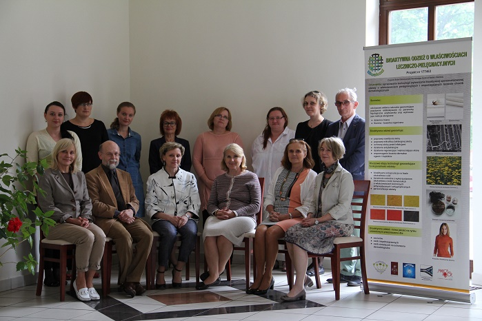 The team behind the Bioakod project. © Institute of Natural Fibres and Medicinal Plants (IWNiRZ)
