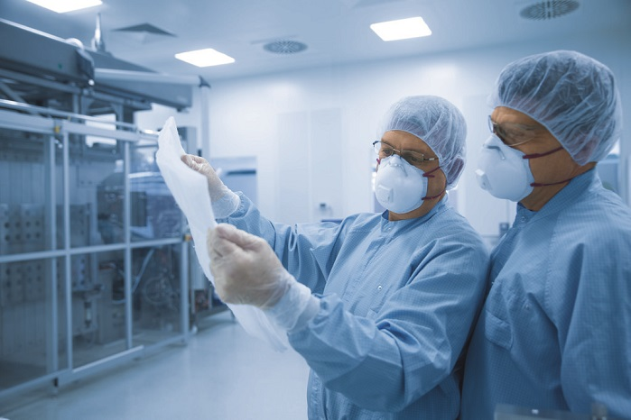 Innovative medical technology is developed in clean rooms. © Freudenberg Group