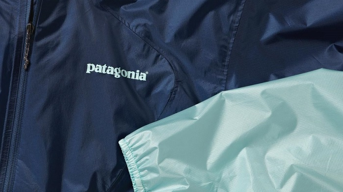 For decades, Patagonia has been leading the industry towards building high-performance products with the vision to a greener and more sustainable future. © Patagonia.com