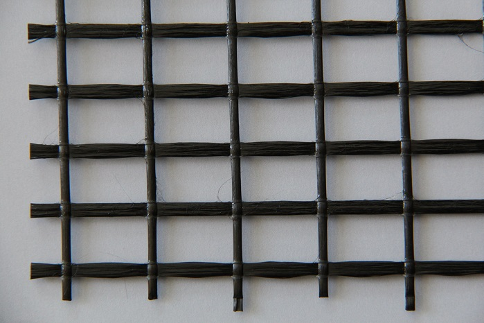 Reinforcing grid made from carbon for use in textile-reinforced concrete. © Karl Mayer