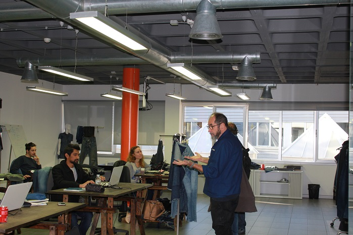 During the two days of the workshop students discovered the creative possibilities offered by the laser design. © Jeanologia