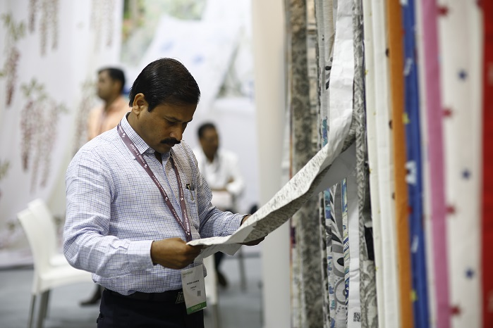 One-on-one buyer-seller meetings set the tone of business networking at Heimtextil India and Ambiente India 2017 from day one. © Messe Frankfurt / Heimtextil India edition