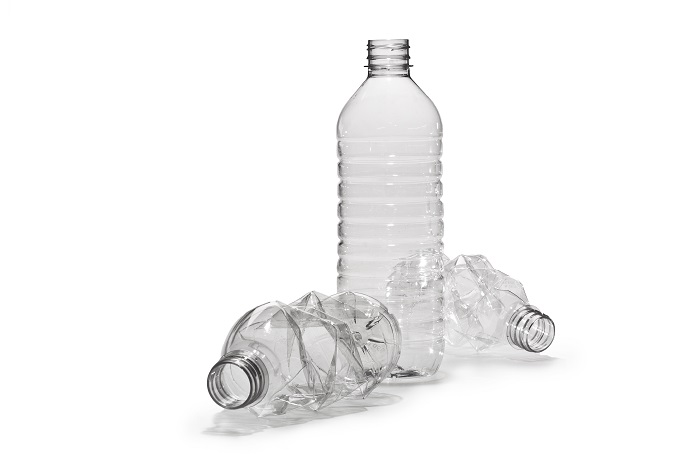 It is estimated that tens of thousands of plastic bottles will be recycled through this partnership. © Unifi