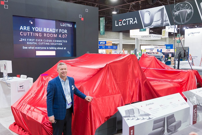 Jason Adams, President Lectra North America, at the unveiling and ribbon cutting ceremony. © Lectra