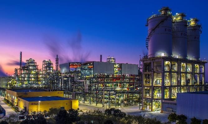 A night view of Jiaxing Petrochemical 's second PTA line. © Invista