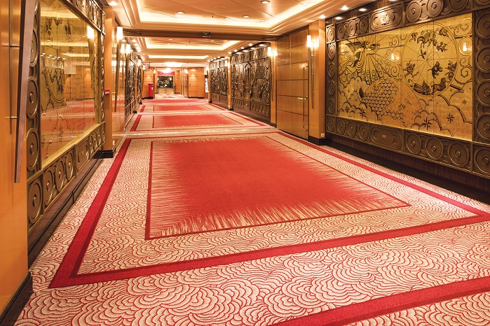 Carpet on deck of Queen Mary cruiser. © Mahlo