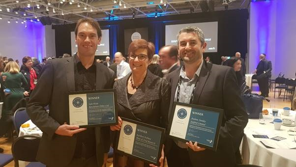 Iain Hosie (Revolution Fibres, CEO); Dr Kathleen Hofmann (Plant and Food Research Senior Scientist) and Andrew Stanley (Sanford, GM Innovation), with their Seafood Stars Awards for ActiVlayr commercialisation. © Revolution Fibres