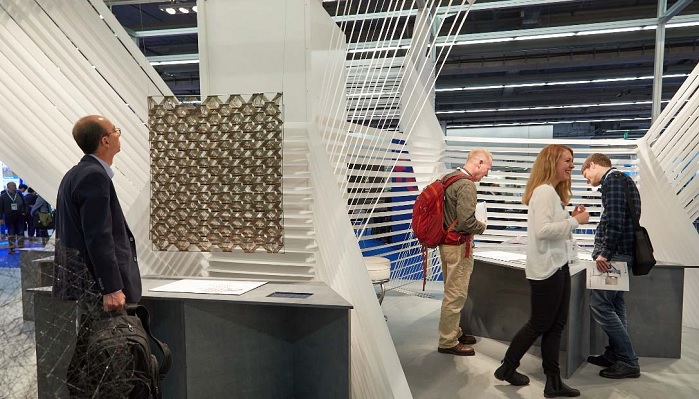 Techtextil will be giving students and young professionals prizes for their ideas. © Messe Frankfurt/Techtextil