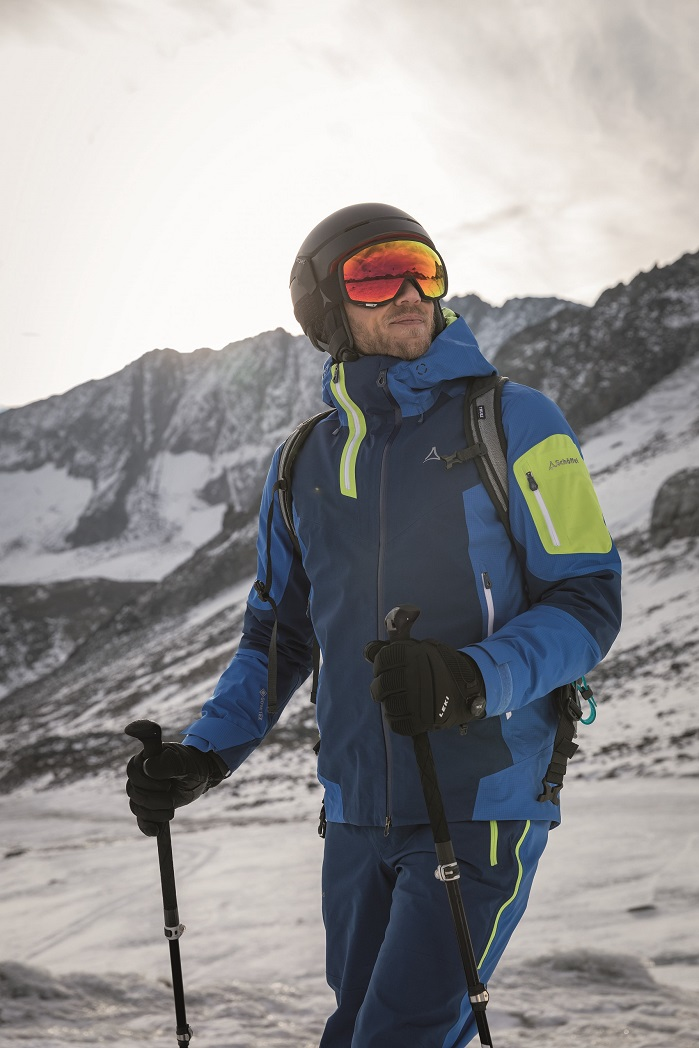 The new PFCEC Free DWR has been on the market with Gore-Tex 2-Layer products since A/W18. © W. L. Gore & Associates
