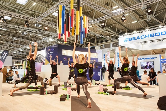 Yoga demonstration at ISPO Munich. © ISPO